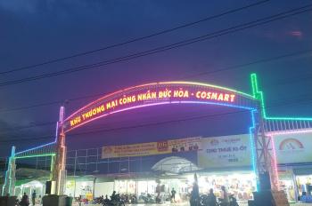Ban quản lý chợ sang 5 ki-ốt trong chợ Đêm Tân Đức- Đức Hòa
