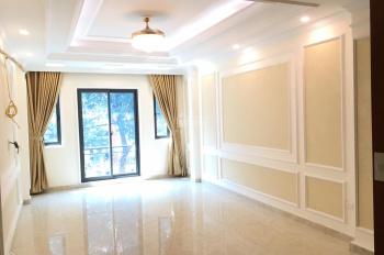 Bán nhà ngõ 10 Võng Thị, Thụy Khuê, Tây Hồ. DT 50m2 x 5T, ngõ thông, gần Hồ Tây, giá 5,5 tỷ