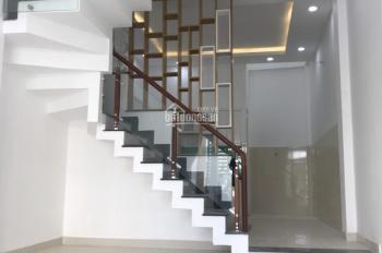 Bán nhà ngay chợ đường, Hà Huy Giáp Q12, 1 trệt 3 lầu