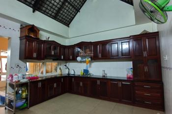 Cho thuê phòng + văn phòng đẹp Quận 7 (nhà mặt tiền đường Huỳnh Tấn Phát) giá rẻ + tốt