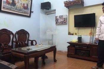 Bán gấp nhà 3 tầng tại thôn Cống Thôn Yên Viên GL HN 30m2 hướng Đông Nam giá 1 tỷ