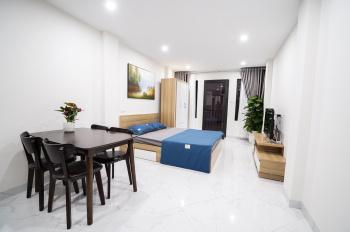 Cho thuê căn hộ 35m2 full nội thất, miễn phí wifi, vệ sinh, đầy đủ đồ. LH 0856179999
