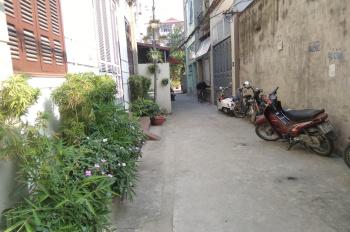 Mua biệt thự nên bán nhà đất gần đường Ngô Xuân Quảng, thị trấn Trâu Qùy, Gia Lâm