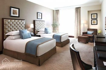Bán gấp khách sạn 3 sao góc 2 MT đường lớn gần sân bay Tân Sơn Nhất, DT: 15x18.5m, H + 10T, 150 tỷ