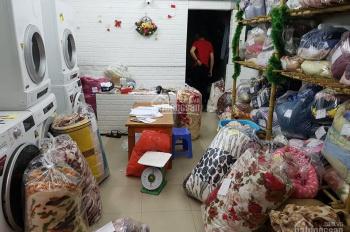 Sang nhượng quán giặt là đông khách ngõ 22 Tôn Thất Tùng