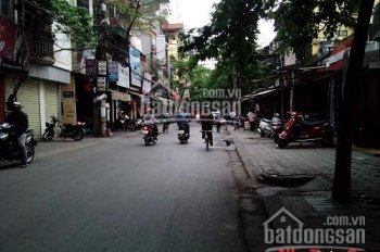 Cho thuê nhà 3 tầng mặt phố Đặng Văn Ngữ; DT 55m2x3t; MT: 3,5m. LH: 0832533884