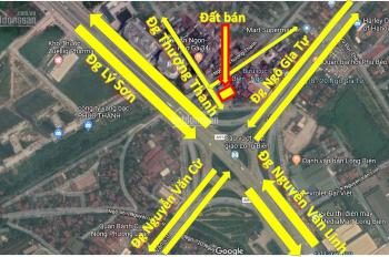 Bán đất 2 mặt đường trung tâm quận Long Biên diện tích 99m2, đường 12m, đang cho thuê 10tr/tháng