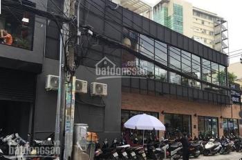 Cho thuê nhà MT Điện Biên Phủ, DT 15x30m, 1 trệt 1 lầu giá 100 triệu/tháng LH: 0976554662