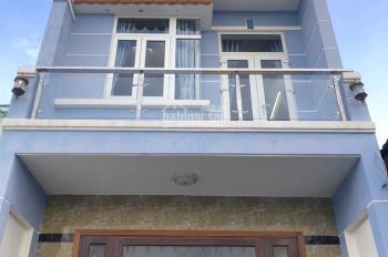 Nhà 4,3mx21m, hướng Tây Bắc, 2 lầu, sân xe hơi sẹc Trần Văn Mười, đường thông gần ngã 4 Giếng Nước