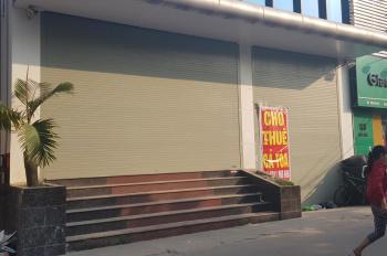 Cho thuê sang nhượng nhà hàng quán ăn phố Chùa Láng ngay Vincom lô góc 2 mặt tiền, 70m2 x 4 tầng