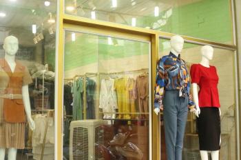 Cần sang lại shop quần áo nam & nữ đang kinh doanh tại MT Tân Kỳ Tân Quý, Tân Sơn Nhì, Tân Phú