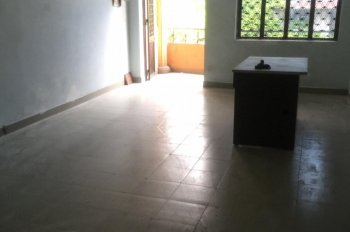 Cho thuê văn phòng 35m2 mặt đường Nguyễn Thái Bình, P12, Tân Bình