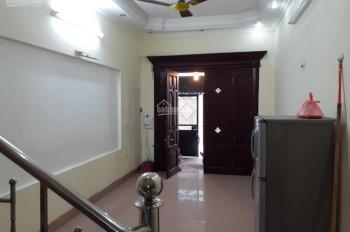 Cho thuê nhà riêng phố Nghi Tàm, Yên Phụ, Tây Hồ, 60m2 x 4T, 13 tr/tháng