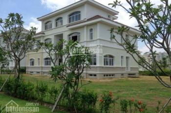 Cần bán gấp biệt thự đơn lập Chateau Phú Mỹ Hưng Q7, DT 700 m2 giá 90 tỷ