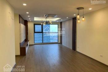 Cho thuê CHCC tòa Center Point 110 Cầu Giấy 77m2, 2 PN, 2WC, đồ cơ bản giá rẻ, LH: 0989.848.332