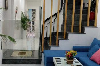 Kẹt tiền cần bán gấp căn nhà tại Thích Quảng Đức, Phú Nhuận. LH: 0906 781 828 Hải