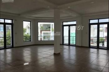 Cho thuê gấp nhà ngang lớn 10x20m mặt tiền đường Lam Sơn , Phường 2, Quận Tân Bình.