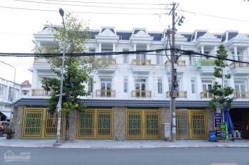 Bán nhà gần BigC Dĩ An, mặt tiền đường Võ Thị Sáu, tiện kinh doanh. LH: 0938 003 756