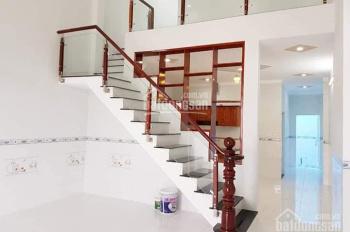 Nhà đẹp tự thiết kế mới xây ngay T.trấn Đức Hòa