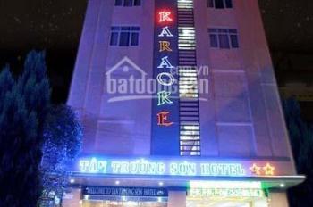 SIÊU H.O.T !! Hotel mặt tiền đường Trường Sơn P2 Q.TB , 7.3m x 19.4m, Hầm 8 lầu , HĐT : 8500 USD/th