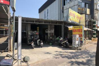Nhà chưa qua đầu tư. 2MT kinh doanh  Phạm Văn Đồng DT: 11x70m công nhận 700m2 thổ cư. 64.5 tỷ TL