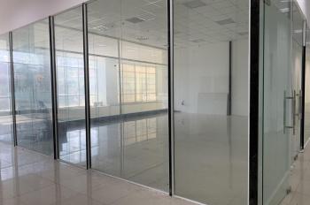 Văn phòng 65m2 full nội thất ánh sáng, điều hòa - sơn mới, view hồ bơi, mặt đường Cao Lỗ