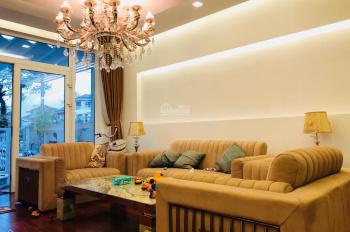 Bán nhà 3 tầng mặt tiền đường Bằng Lăng 1 - khu biệt thự Euro Villa ngay bờ sông Hàn tuyệt đẹp.