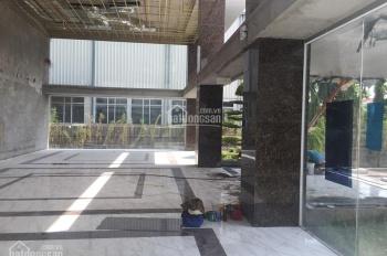 Mặt bằng đẹp đường Trần Thái Tông ,  mặt tiền 7m diện tích 140m2 , giá 110tr/th  vỉa hè rộng