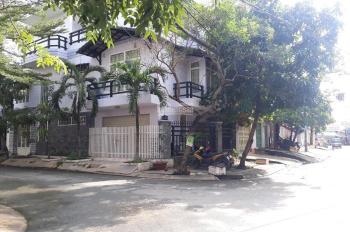 Biệt thự đường nhựa 14m khu cán bộ Tân Thuận 719 Huỳnh Tấn Phát - P.Phú Thuận - Quận 7.