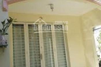 Thiếu vốn cần bán gấp căn nhà nát mặt tiền Huỳnh Tấn Phát, Phú Mỹ, Quận 7