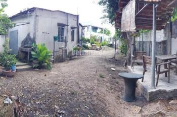 Bán đất tặng 02 căn nhà tại Dĩ An. Dùng làm quán ăn, xây biệt thự, hotel, nhà trọ, cho thuê