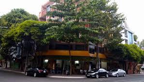 Cho thuê nhà mặt phố Lê Duẩn, Đống Đa, Hà Nội vị trí đắc địa. Liên hệ: 0943282884