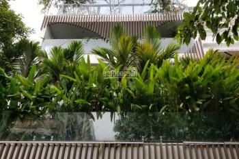 Chính chủ cần bán căn nhà mặt tiền phố Xuân Thủy diện tích 9x22 giá 30 tỷ