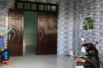 Kẹt tiền bán gấp căn nhà ngay Khu CN Tân Đức, Long An, DT: 125m2, giá: 1tỷ4, SHR, LH: 0359944578