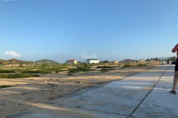 Sở hữu đất biển, chỉ vài bước chân tới biển, giá chỉ 7.5 triệu/m2. Liên hệ: Anh Nghìn 0373.212.798