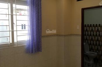 Cho thuê phòng trọ cao cấp thích hợp với các bạn nhân viên văn phòng tại 40/18 Trần Đình Xu, Q.1