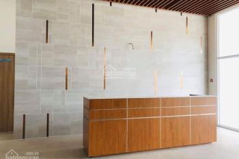 Chính chủ bán căn góc đẹp block C tầng cao view Q1 cực lung linh, có bếp + WC. Giá rẻ bán trong T11