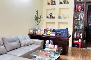 Cho thuê cửa hàng khu vực Nguyên Hồng, Đống Đa, Hà Nội; 9 triệu đồng/ tháng; chị Hà 0393903633