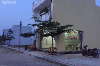Kẹt tiền bán nhà 2 tầng có sổ hồng, xã Phạm Văn Hai-Bình Chánh. DT 5x12m, mua nhanh bán rẻ