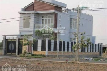Nhà 1 trệt 1 lầu mặt tiền đường Thái Thị Giữ công chứng sang tên ngay, liên hệ: 0936502139