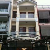 Cho thuê nhà mặt phố đường Nguyễn Đăng Giai: 5x15m 3 lầu, 4PN, giá 40 tr/th. Tín 0983960579