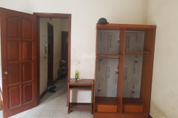 Cho thuê phòng gần hồ Hoàng Cầu, đại học Văn Hóa, 27m2, 2.4 tr/th. LH: 0978713456
