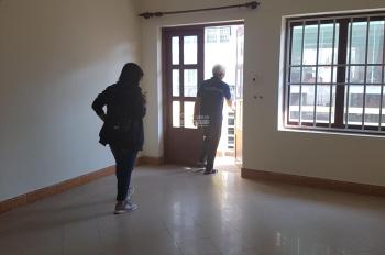 Cho thuê nhà trong hẻm đường Phổ Quang, phường 9, quận Phú Nhuận 4 tầng