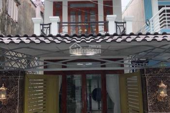 Bán gấp căn nhà 1 trệt 1 lầu chợ Cầu Xáng - Lê Minh Xuân - Bình Chánh, DT: 100m2, giá: 1 tỷ 8