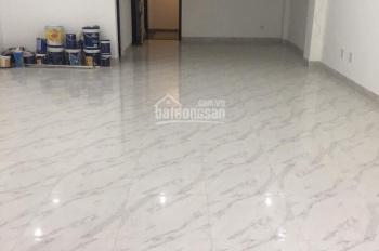 Cho thuê nhà mặt phố Khâm Thiên , dt 80m2, 1 tầng , mt 4m giá 26tr/th độc lập
