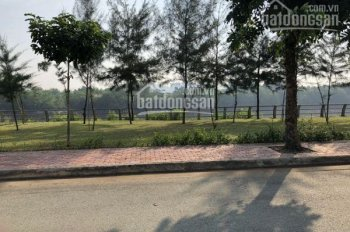 Bán nhà biệt thự Intresco, đường Phạm Hùng, quận Bình Chánh, MT sông Ông Lớn - 0915849339