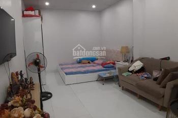Bán nhà phố Bạch Mai, Hai Bà Trưng, 50m2 x 3T, giá hơn 2 tỷ