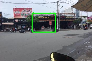 Cho thuê mặt bằng 11x40m, mặt tiền đèn xanh đỏ Nguyễn Sơn, vị trí cực kỳ vip