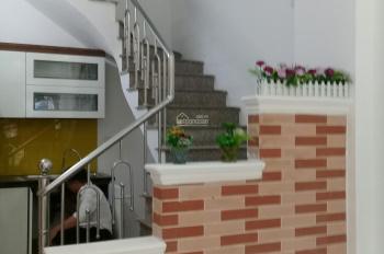 (4,2 tỷ).Bán nhà 35m2 x 4 tầng đẹp, mặt ngõ kinh doanh, ô tô 2 chiều, Kim Đồng - Giải Phóng