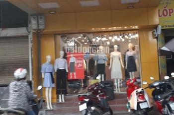 Cửa hàng kinh doanh - mặt phố Trần Quốc Hoàn. Diện tích 45m2 x 1,5 tầng, mặt tiền 4,5m hè rộng